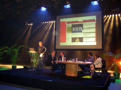 Godfried van Loo speaker at Cross Media Café